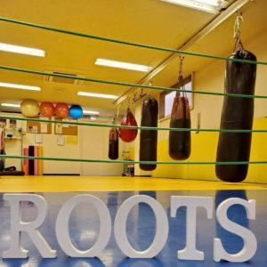 五味澄子 スタジオレッスン ボクシングジムルーツの室内画像